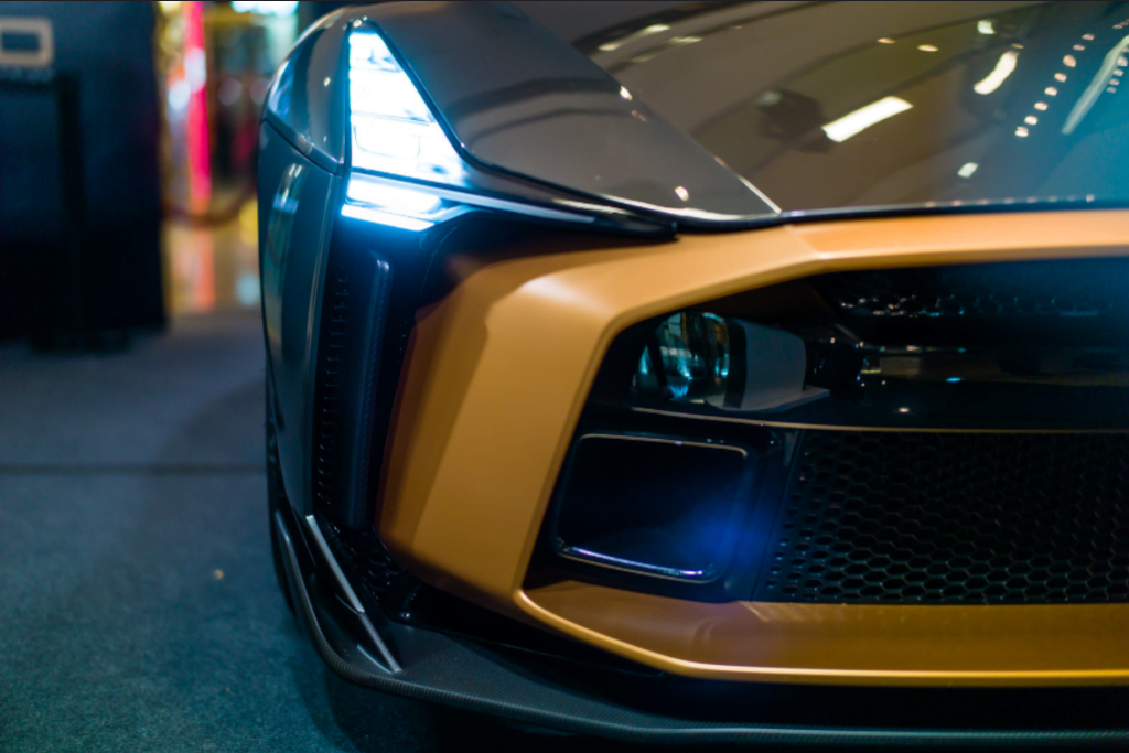 GT-R50 Headlight and grille